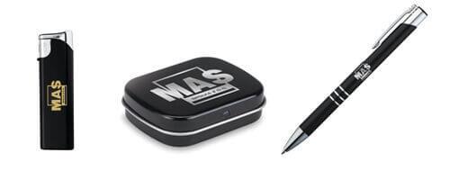 Zapalniczka, Miętówki w metalowym pudełku, długopis metalowy. Wszystkie gadżety ze znakowaniem - grawer loga.